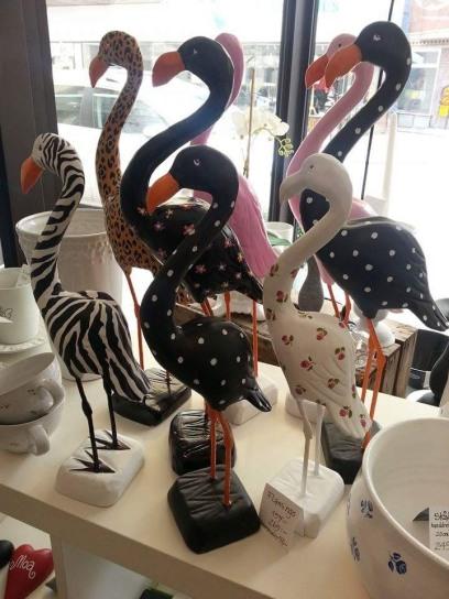 Flamingo 245:-/ 319:-